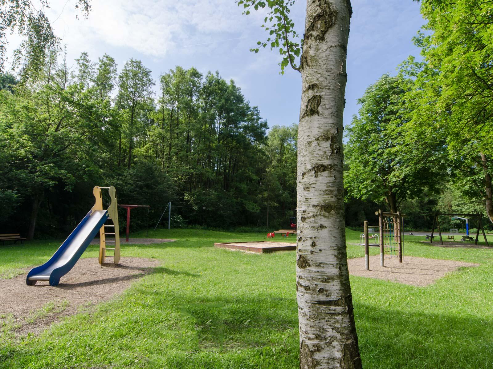 Kinderspielplatz neben unserem Sportplatz in Bayreuth - ASV Laineck